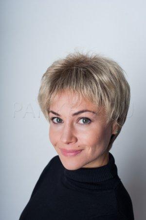 Парик из искусственных волос с челкой T.M.S. New Vision