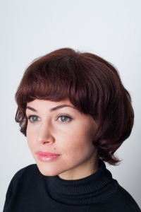 Короткий парик из натуральных волос  HH Leila Mono