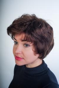 Короткий натуральный парик, волнистый волос  HM-148
