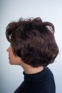 Короткий натуральный парик, волнистый волос T.M.S. New Vision